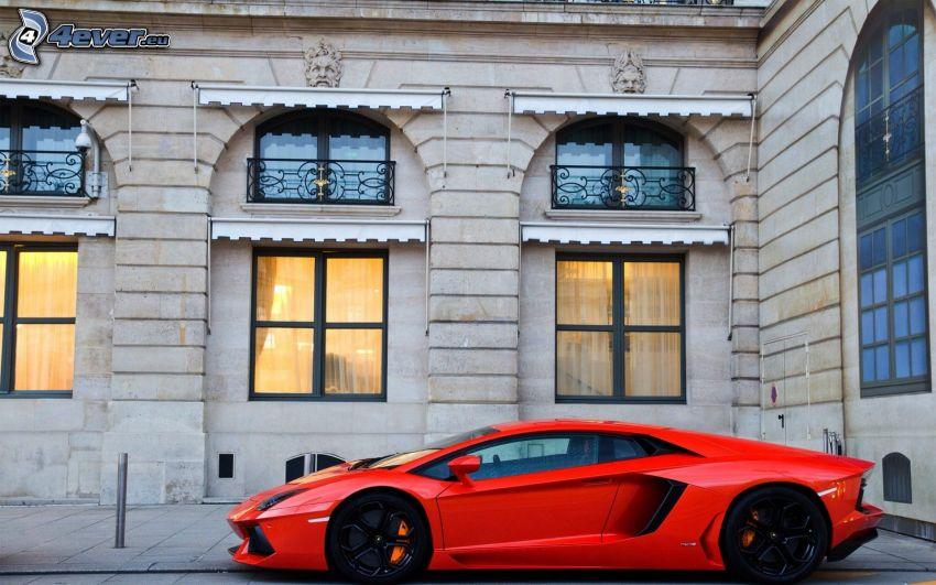 Lamborghini Aventador LP700, edificio