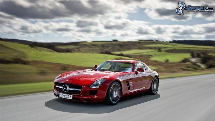 Mercedes-Benz SLS AMG, velocità