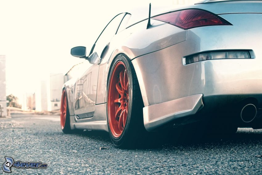 Nissan 350Z, scarico dell'auto, ruota