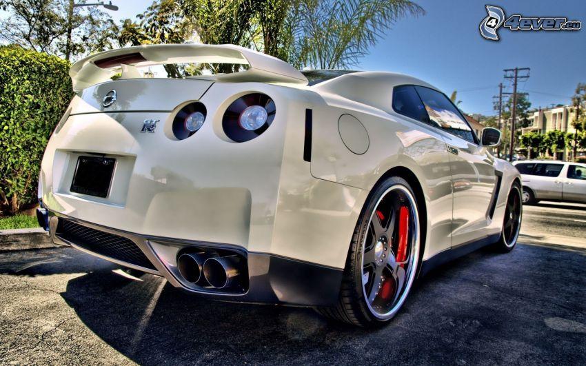 Nissan GT-R, scarico dell'auto, HDR