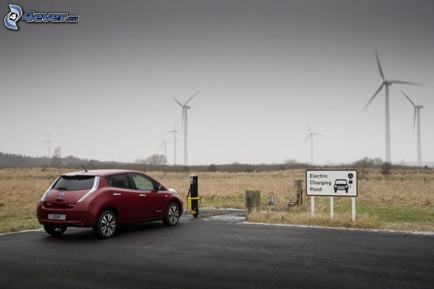 Nissan Leaf, centrale eolica, carica