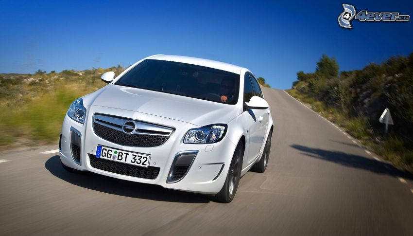 Opel Insignia OPC, strada