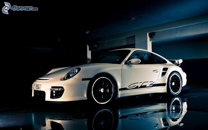 Porsche 911 GT2, riflessione