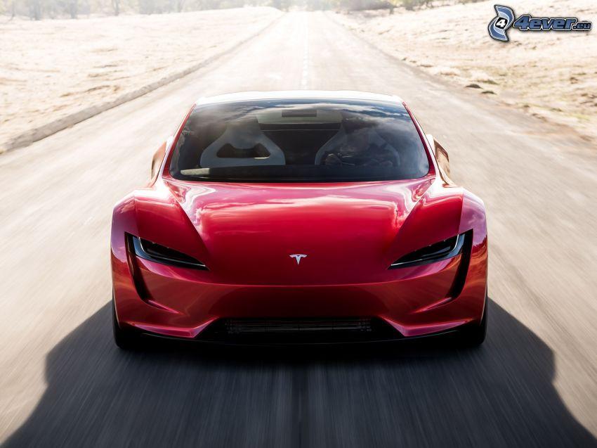 Tesla Roadster 2, strada