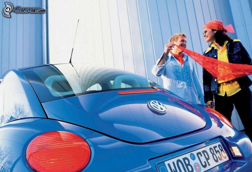 Volkswagen Beetle, uomo e donna, faro posteriore