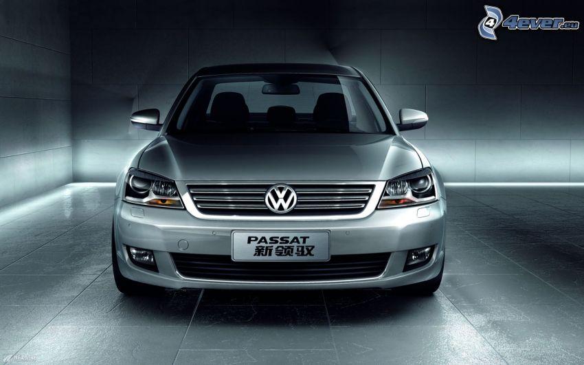 Volkswagen Passat, argento metallizzato