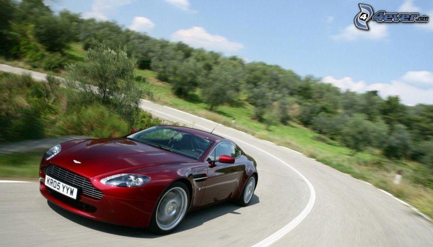 Aston Martin, velocità, strada, curva