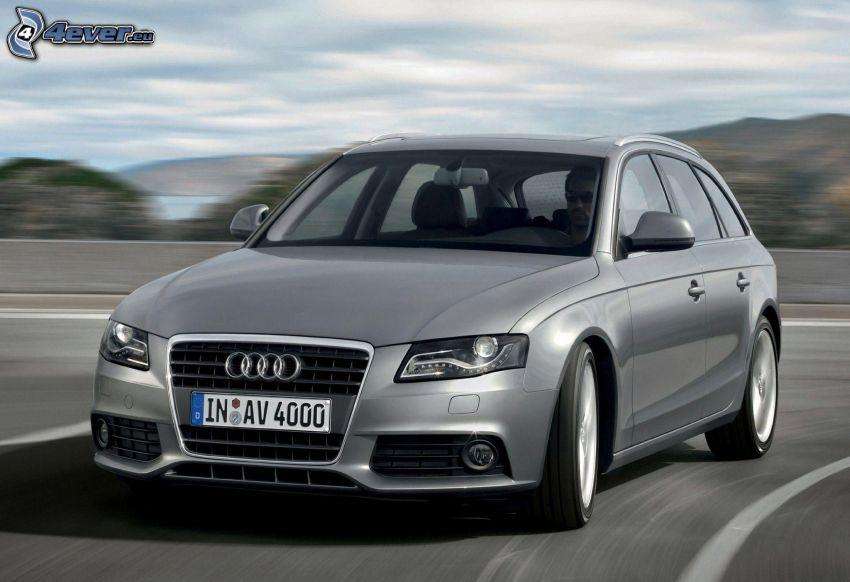 Audi A4, velocità