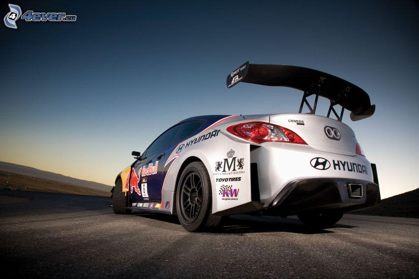 Hyundai Genesis, auto da corsa