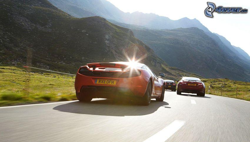 McLaren MP4-12C, Jaguar, strada, velocità, gara, colline