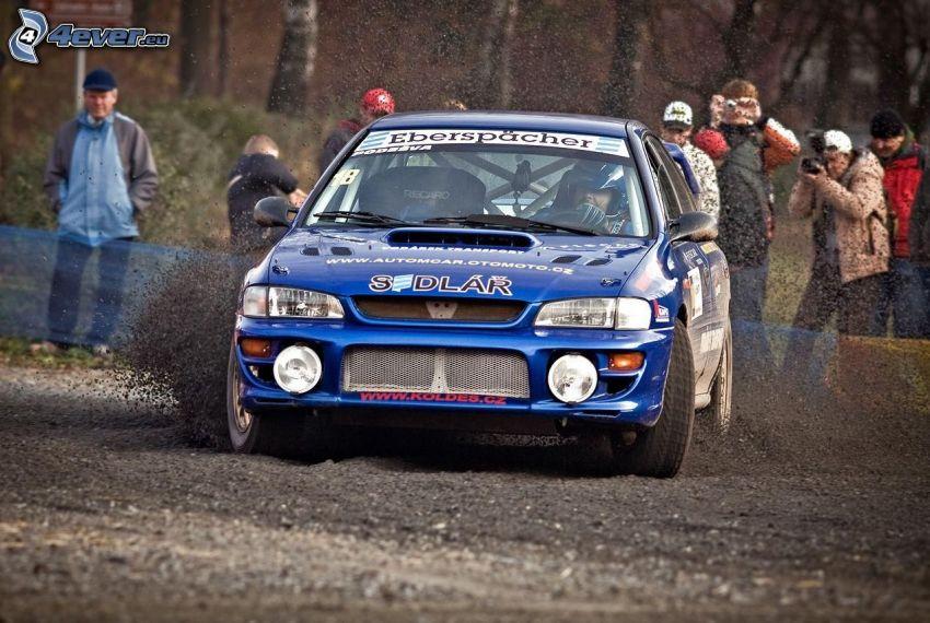 Subaru Impreza WRC, drifting, argilla, spettatori