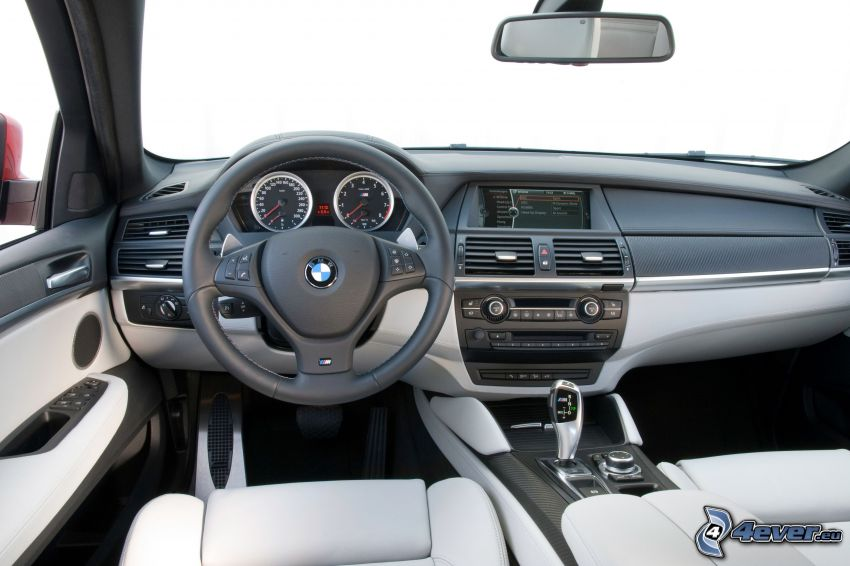 interno della BMW X6