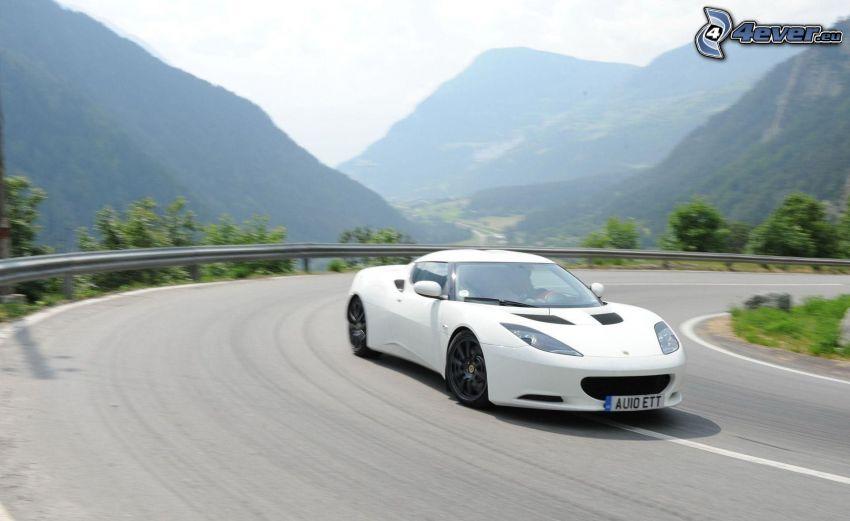 Lotus Evora GTE, velocità, curva, colline