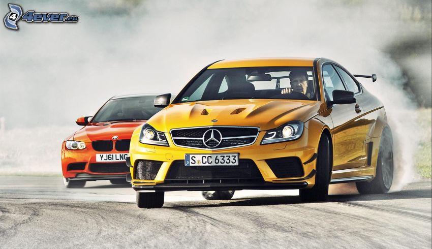 Mercedes C63 AMG, BMW M3 GTS, drifting
