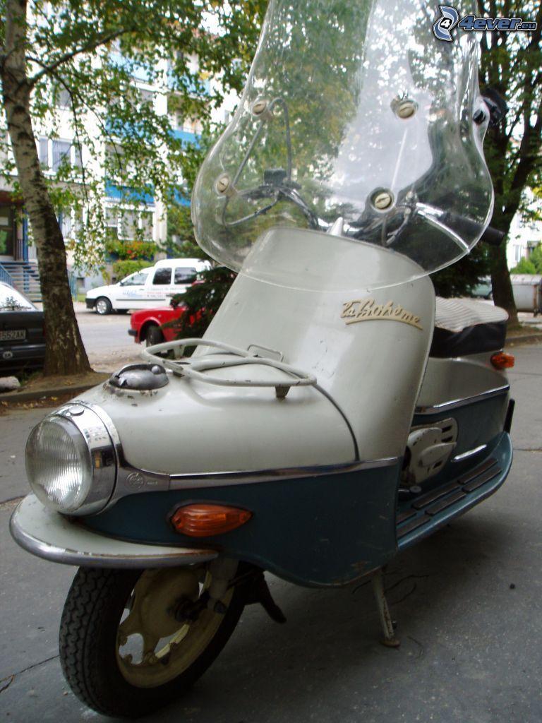 Boheme, motocicletta, scooter