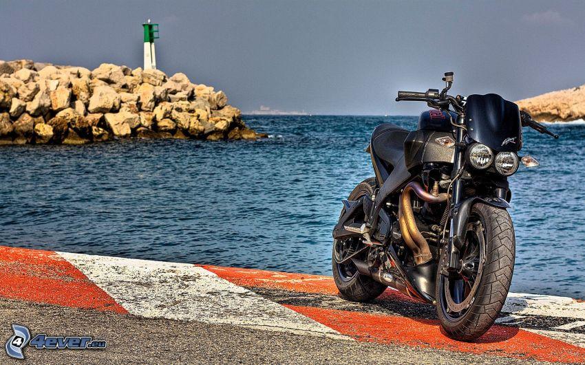 Buell XB12S, mare, costa rocciosa