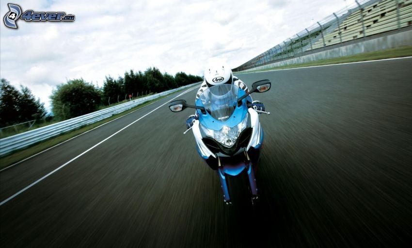 Suzuki GSX-R, motociclista, strada, velocità