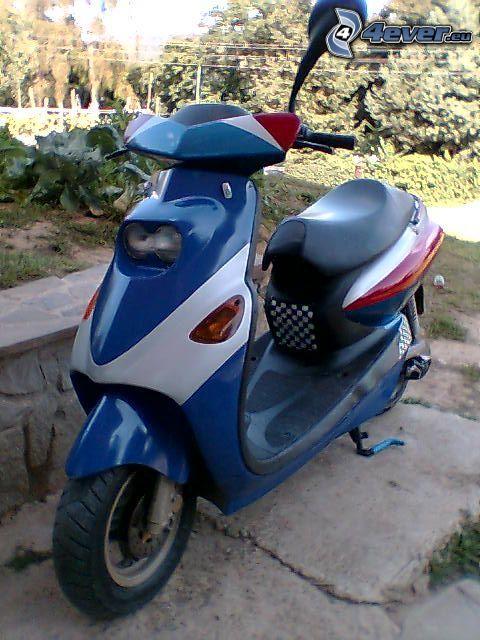 Yamaha, scooter, motocicletta