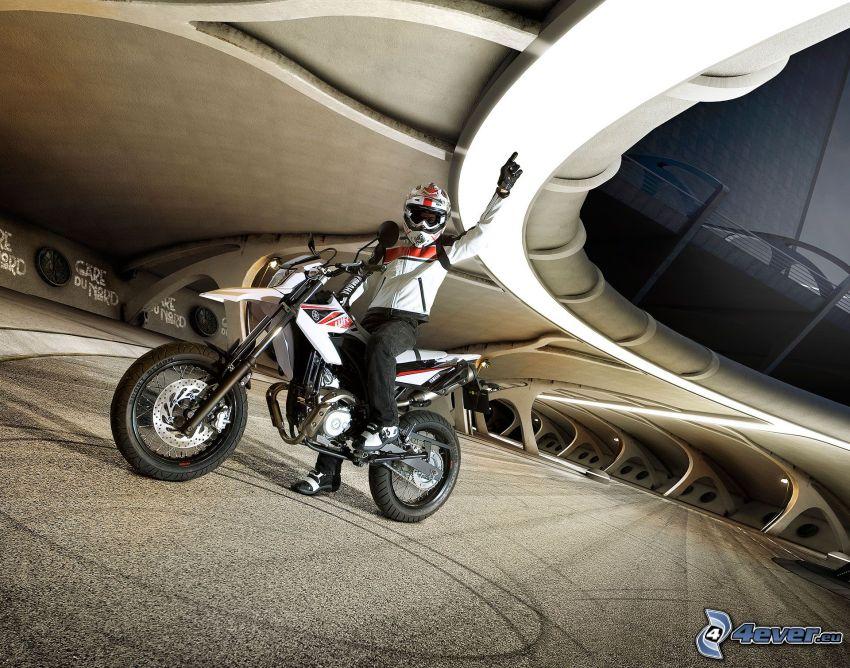 Yamaha WR125, motociclista