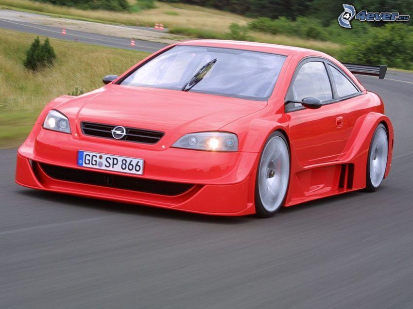 Opel Astra, gara