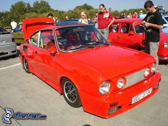 Škoda 110R, rosso