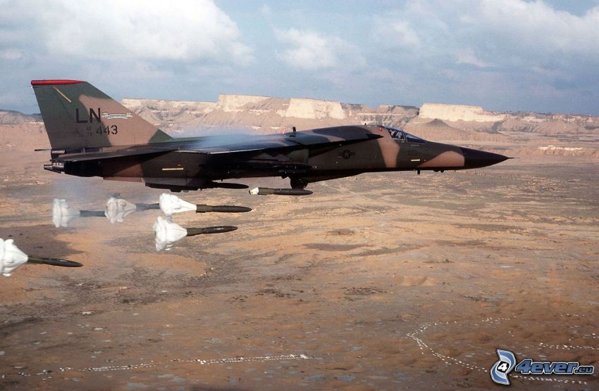 F-111 Aardvark, la vista del paesaggio
