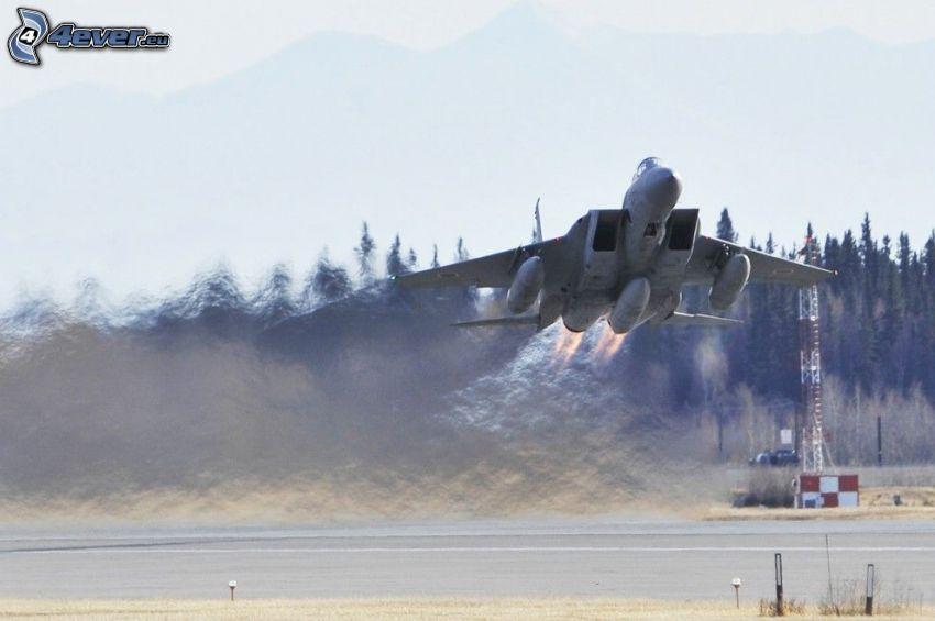 F-15 Eagle, lancio, aeroporto