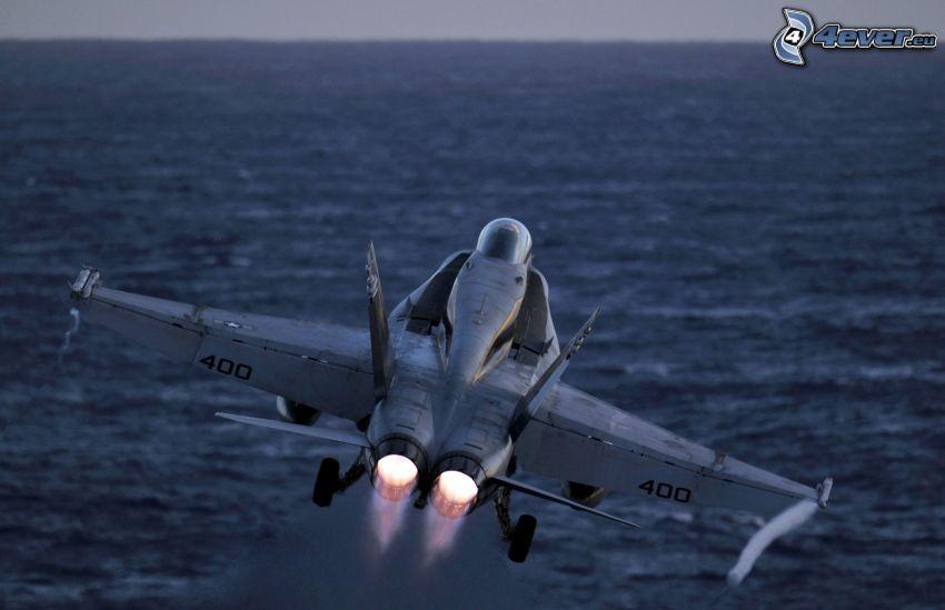 F-15 Eagle, mare