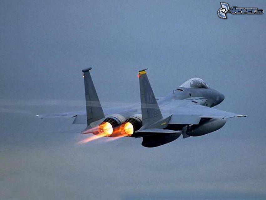 F-15 Eagle, motori a reazione