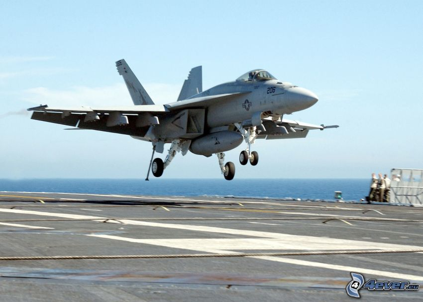 F/A-18E Super Hornet, portaerei, atterraggio