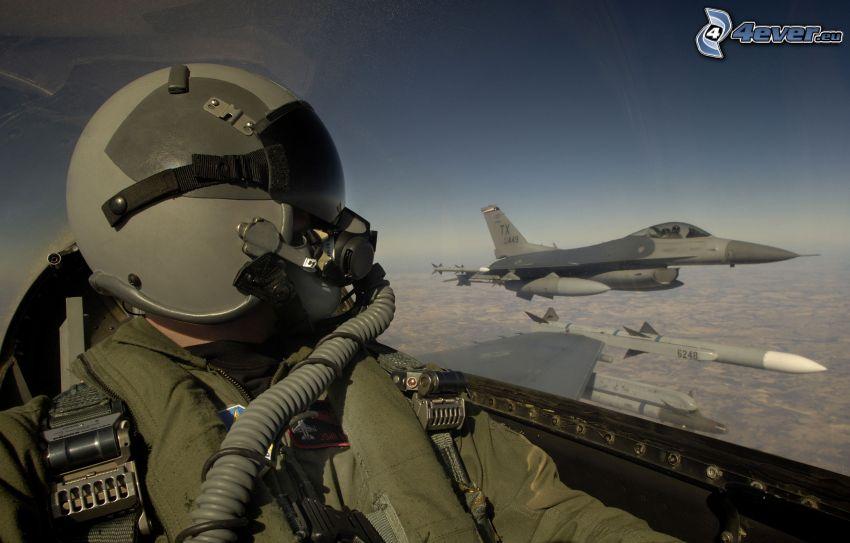 pilota nell' aeroplano di caccia, aerei da caccia