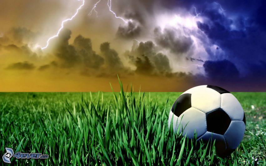 pallone da calcio, tempesta, fulmini, l'erba