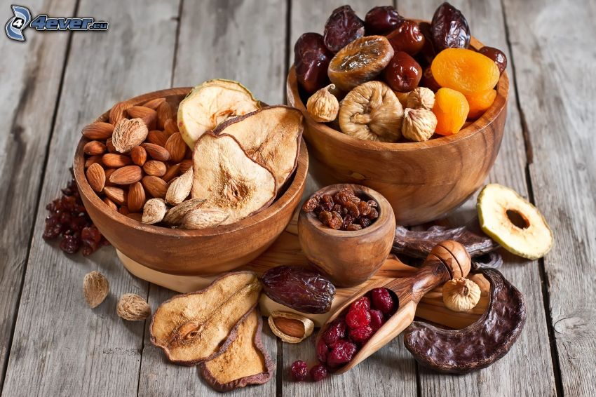 fichi secchi, pere secche, mele secche, sultana, mirtilli rossi, albicocche secche, mandorle