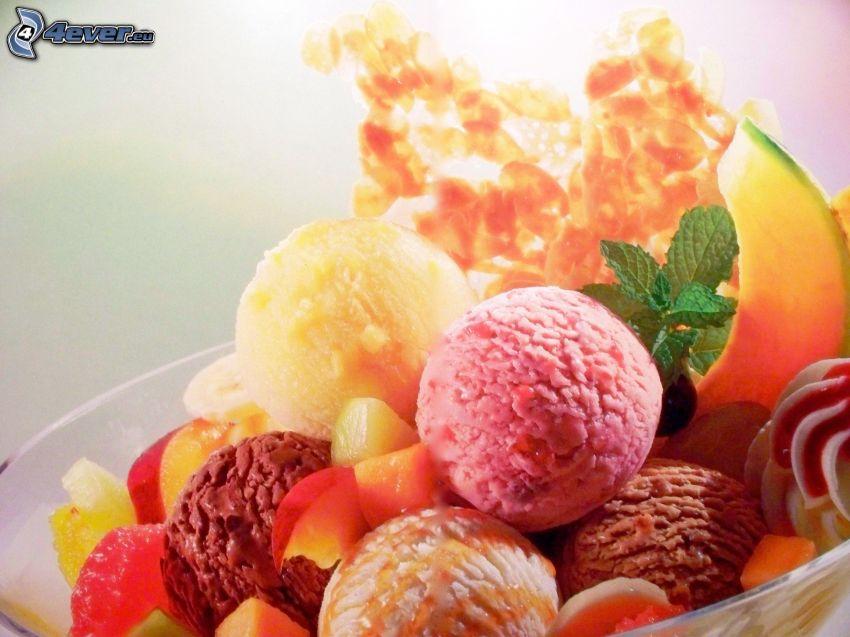 gelato sundae, frutta