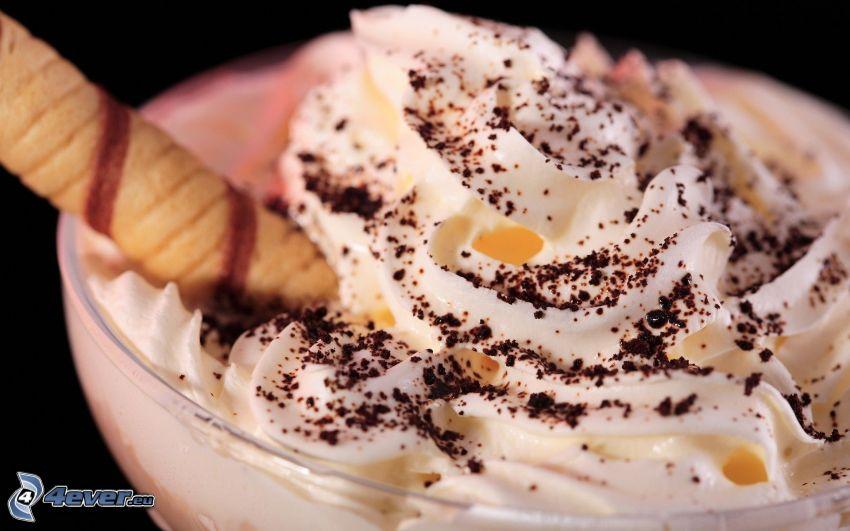 gelato sundae, panna montana