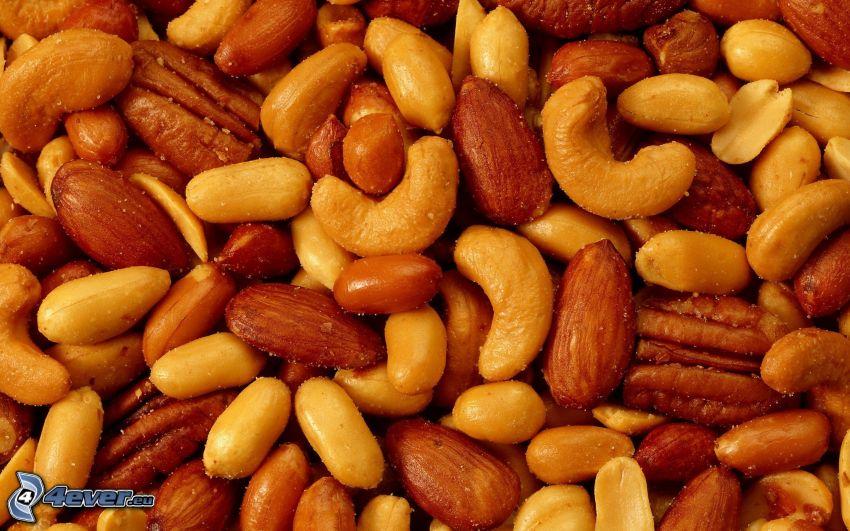 Nocciole, mandorle, Noci di anacardio, arachidi, noci