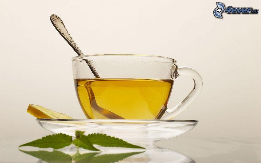 tazza di tè, cucchiaio