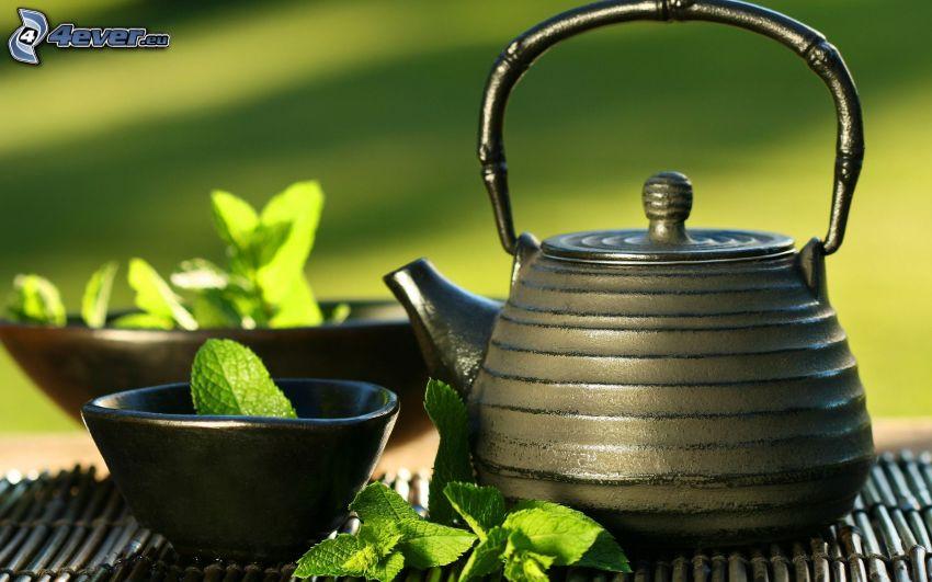 teiera, tazza di tè, foglie di menta