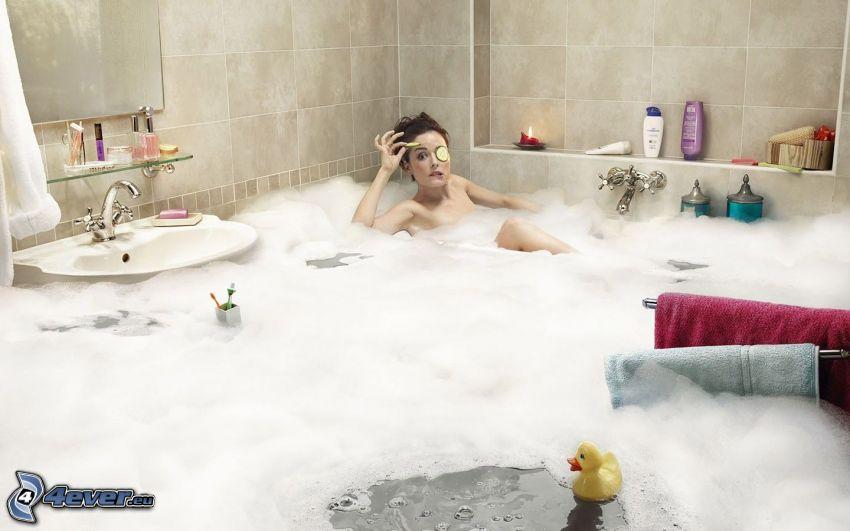 donna nel bagno, inondazione, schiuma, lavandino