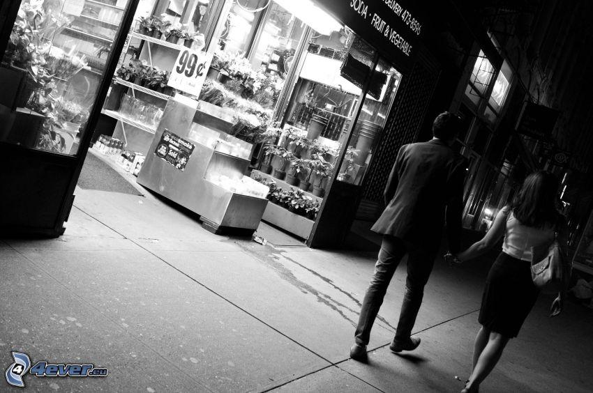 coppia nella città, passeggiata, strada, bianco e nero