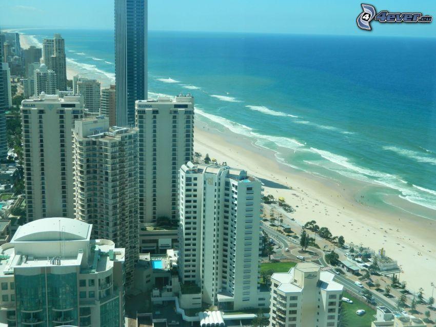 Gold Coast, grattacieli, spiaggia sabbiosa, alto mare