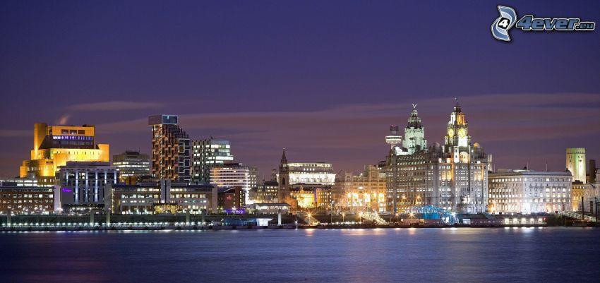 Liverpool, città notturno