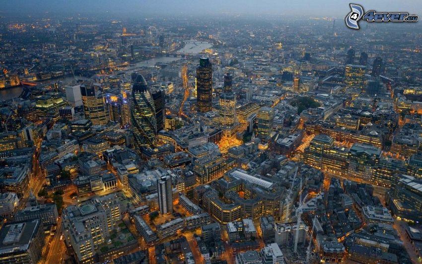 Londra, città notturno