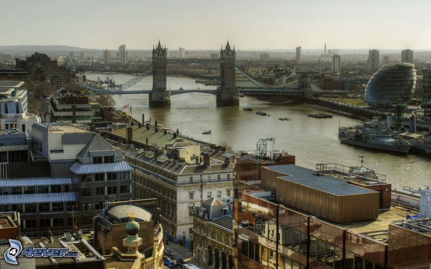 Londra, Tower Bridge