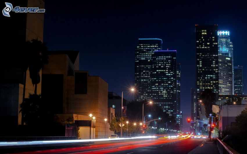 Los Angeles, città notturno, grattacieli