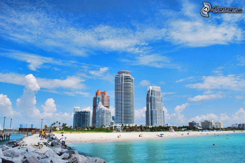 Miami, grattacieli, mare