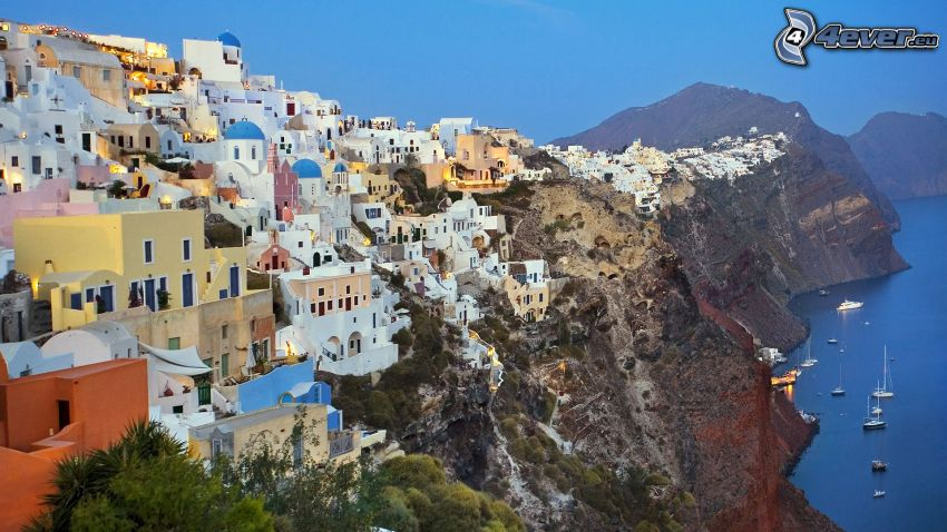 Santorini, Grecia, città costiera, falesie