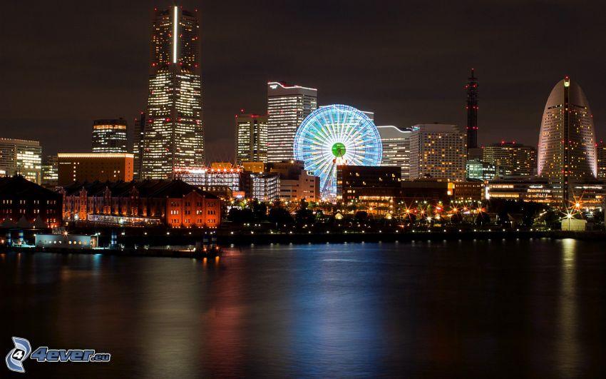 Yokohama, Ruota gigante, città notturno