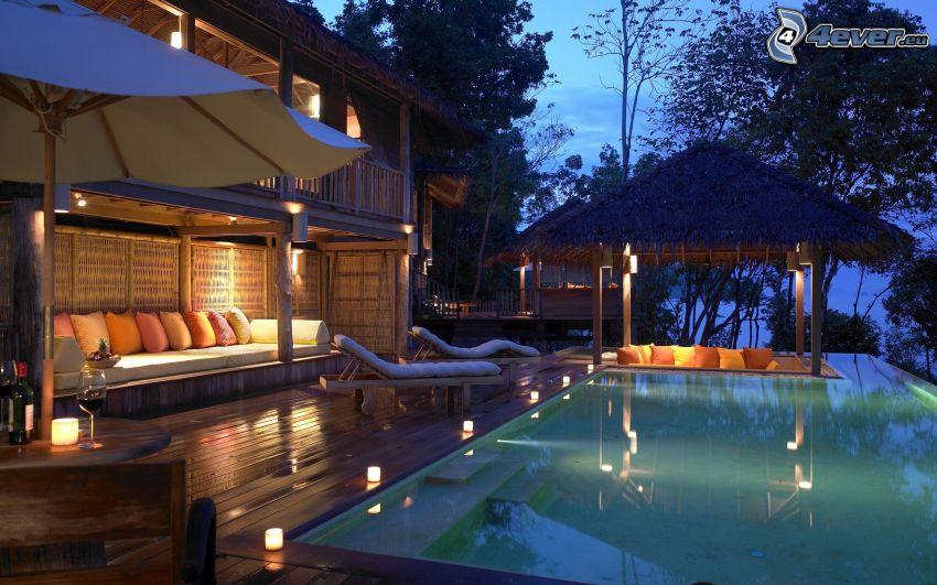 casa di lusso, piscina