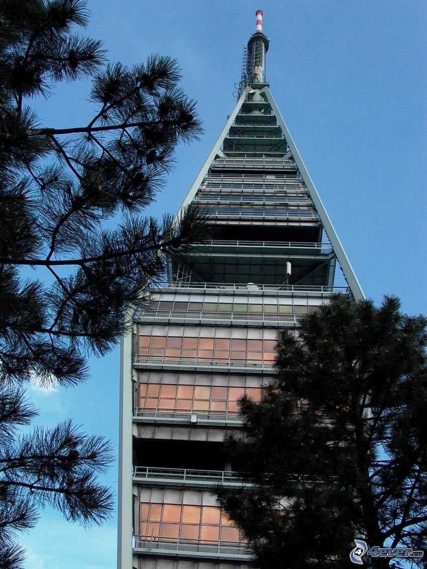 Kamzík, Bratislava, torre
